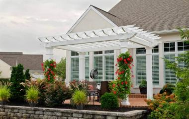 10x14' Artisan White Vinyl Pergola with 8x8