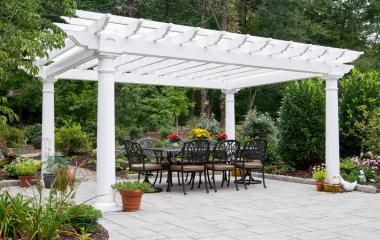 12x16' Artisan White Vinyl Pergola with 10