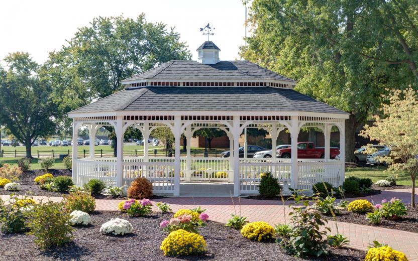 20x28u0027 oval colonial style white vinyl gazebo with pagoda roof and cupola